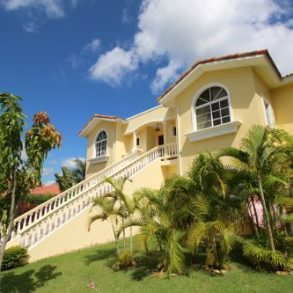 Great Family home in secure gated community – Sosua