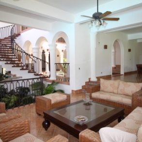 Huge Mansion with 6 Bedrooms and ocean view in gated community