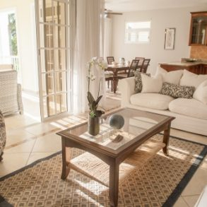 Luxury 2 bedroom apartment in a prestigious community at a great price