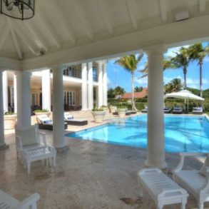 Luxury Villa with 7 bedrooms for sale in Punta Cana