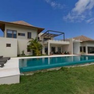Amazing ocean view mansion on massive lot in exclusive community
