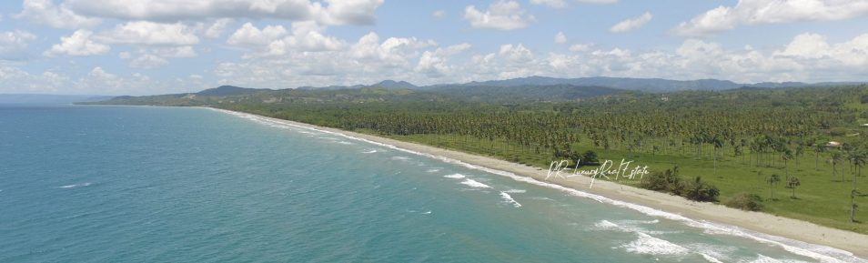 Beachfront Land with wide Frontage